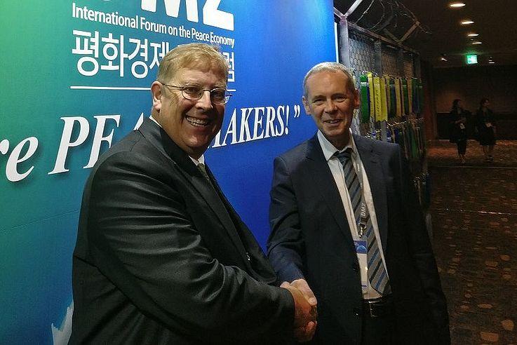 """We are peacemakers""- Gespräch mit Dr Christian Taaks, Repräsentant der Friedrich-Naumann-Stiftung in Korea."