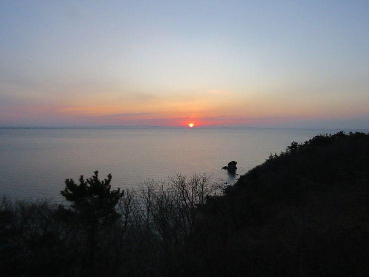 Sonnenaufgang am Gelben Meer (Westmeer).