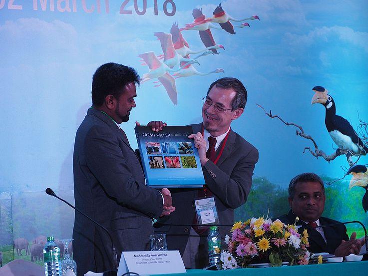 Während der Eröffnungszeremonie am 26. Februar wurde das Meeting von Repräsentanten der sri lankischen Regierung und des Ramsar Sekretariats eröffnet.