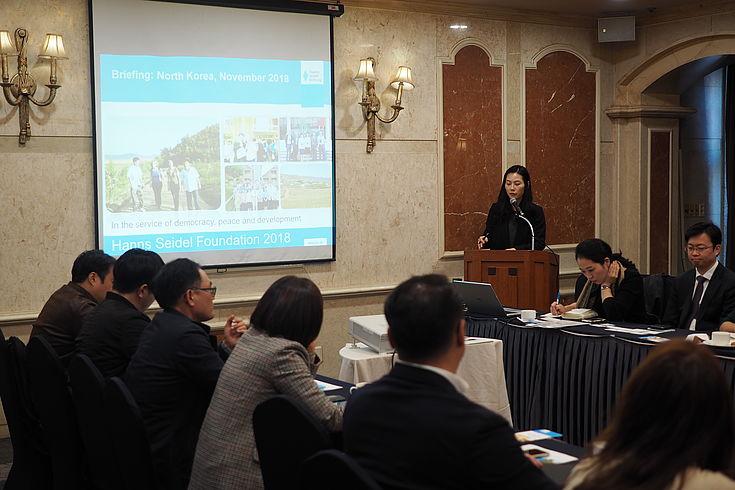 Dr. Choi Hyun-Ah (HSS Korea) moderierte die Veranstaltung