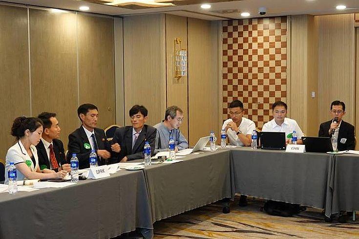 Die Teilnehmer des Arbeitsgruppentreffens