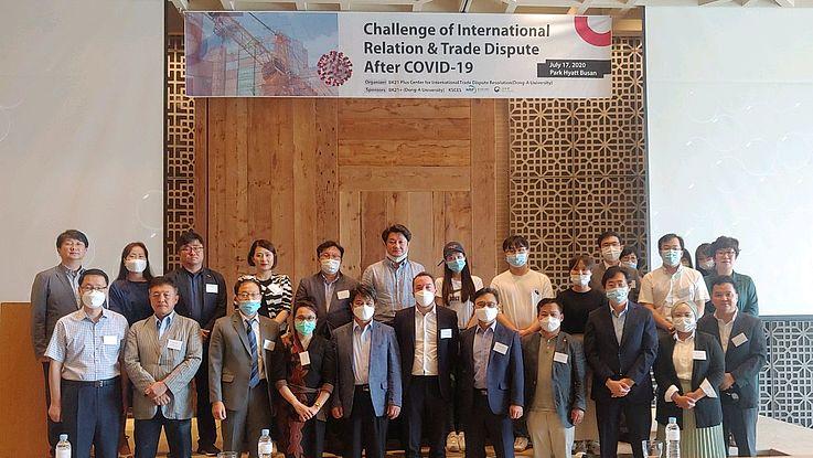 Internationale Beziehungen und Handelskonflikte nach COVID-19