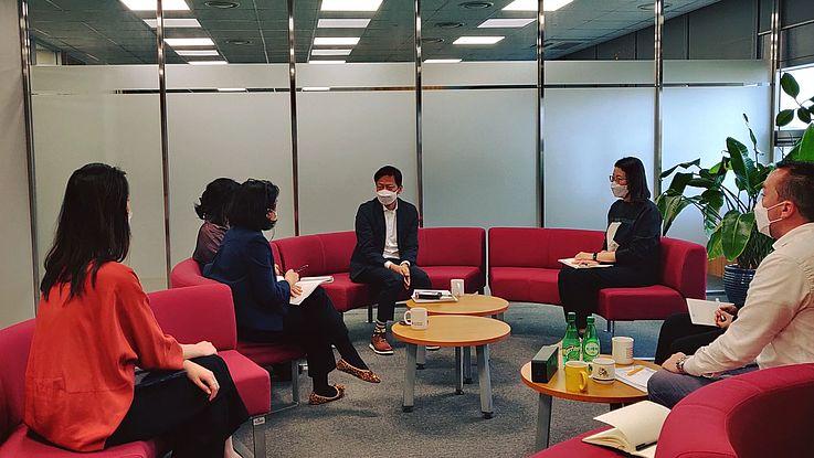 송도에서의 프로젝트 회의