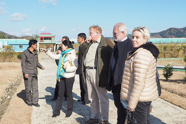 Dr. Seliger, Dr. Czepalla and Dr. Luther at the tree nursery of the city of Wonsan.